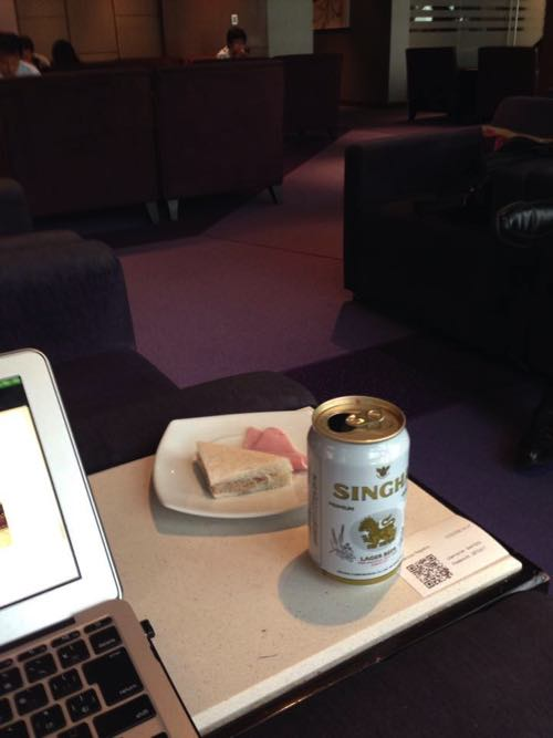 スワンナプーム国際空港のRoyal Silk Lounge、ロイヤルシルクラウンジの様子