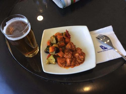 南アフリカ航空ラウンジの軽食