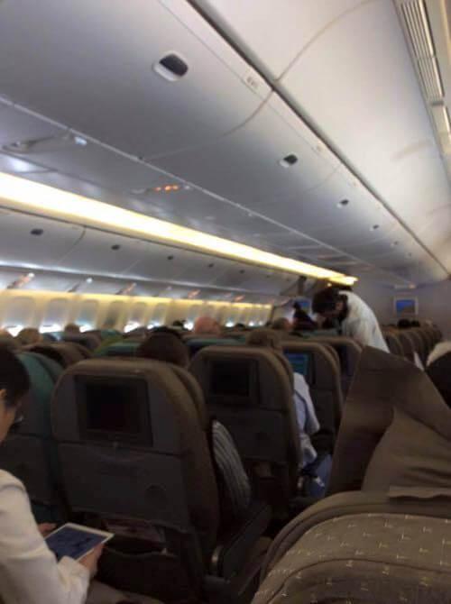 ヨハネスブルグからシンガポールの機内の様子