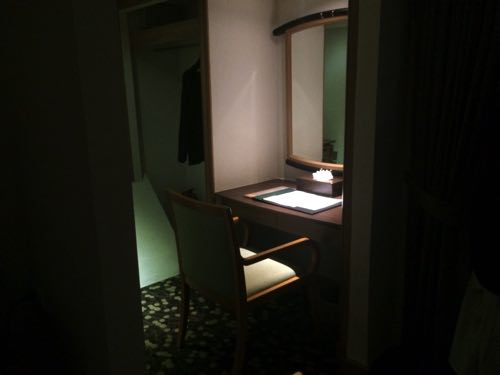 暗すぎて気づかなかったバイヨークスカイホテルの部屋の一部