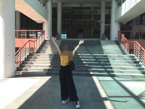 タマサート大学建築学部の入口