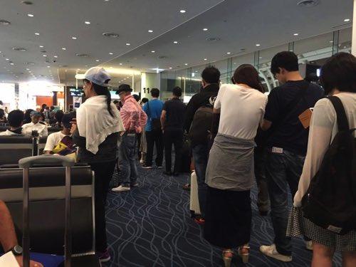 羽田空港JAL国際線バンコク行きの優先搭乗行列