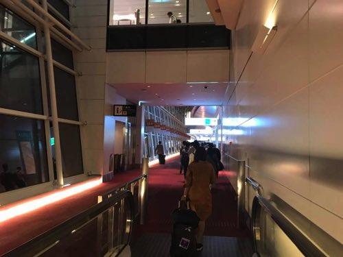 到着後の羽田空港国際線ターミナル内