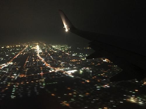中部国際空港発、JAL千歳行きの窓から新千歳到着間際