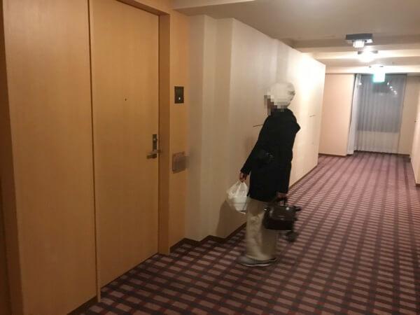 ホテルオークラ札幌のスペーシャスツインの入口