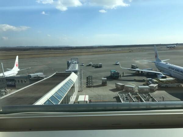 新千歳空港国内線サクララウンジから見える風景