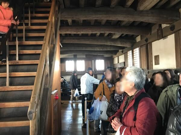 姫路城の大天守の混雑
