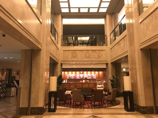 ホテル日航奈良のフロント