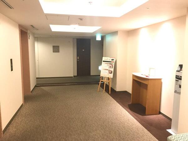 ホテル日航奈良の客室フロアのエレベータホール