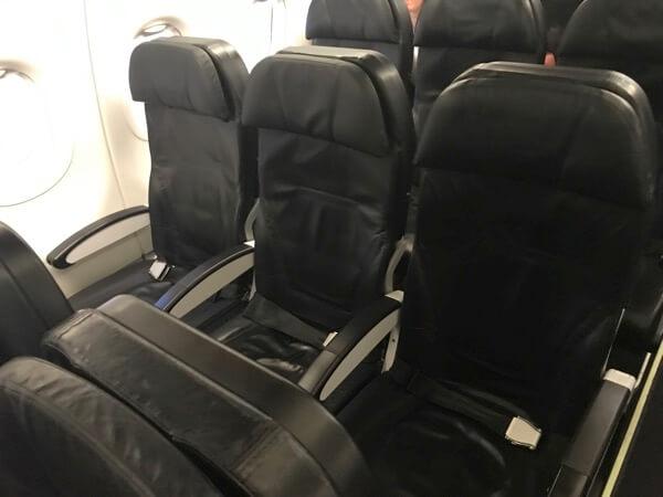スターフライヤーのシート、座席