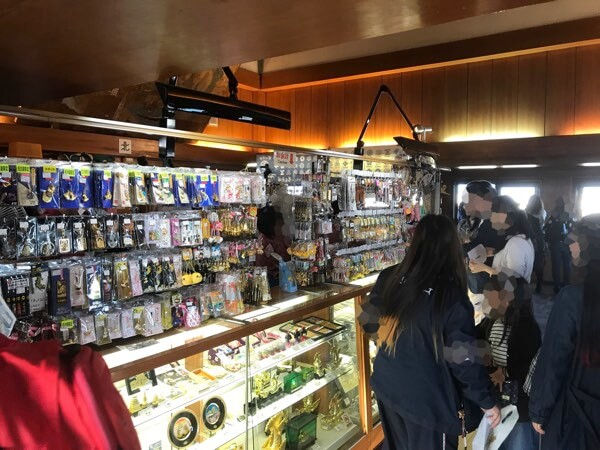 名古屋城の天守閣にある売店
