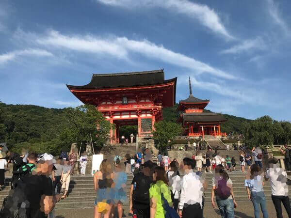清水寺の階段、入口
